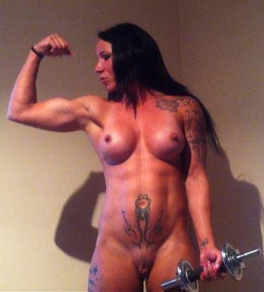 muskeltraining nackt